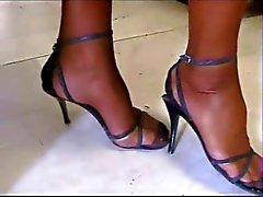 Minha namorada em maravilhosas meias do vintage ! !