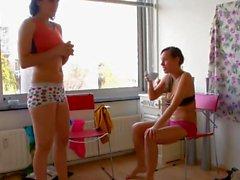 Девушки-йоги