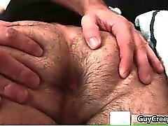 Adam Rysk får ludna anus knullar