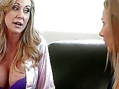 Brandi Love and Carter Cruise bei Mommys Mädchen