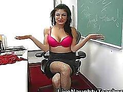 Büyük göğüslü öğretmen oyuncaklar onu traş beceriksizlik