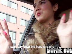 Mofos - Stranded Teens - Tschechische Honeys Straßenrand Sex Tape star