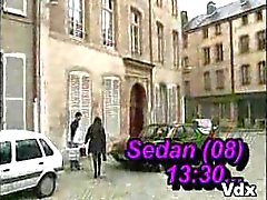 Frans meisje Sandy Sedan