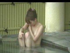 Скрытая камера Onsen-Beauty Bijin принимает ванну в Японии