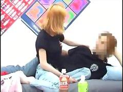 Japanische Babe haben grosse Titten