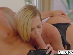 VIXEN Jada Stevens tente énorme bite dans son cul et baille