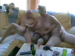 Trio bissexual maduro