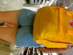 Norwegian Teen enge Jeans-Shorts