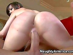 Juicy ass brunette Jennifer White rides Nice cock