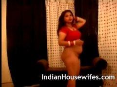 Индийский домохозяйка Красный Sari обнажая Разоблачение Больших прикладов