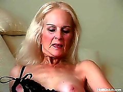 Blonde reife alte Oma Hardcore Action