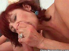 Posso gozar em sua mamãe boca?
