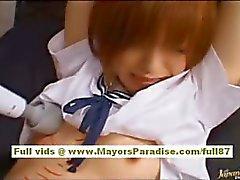 Azusa Itagaki hete Aziatische chick heeft een sexy lichaam is vastgebonden voor plagen