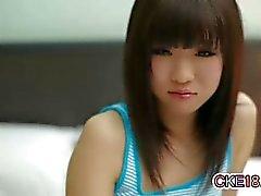 Adolescente que Japão impressionante amola Correia