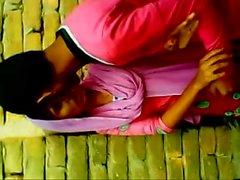 Bangladeshi school girl desiscandal