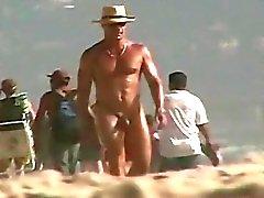 Обнаженные пляжа