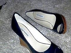 Кудрявый Shoe Развлечения (1)
