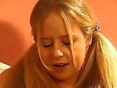 Susie Haines - fora da escola n º 1