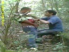 amateur indio tiene sexo en woods..reality crucero