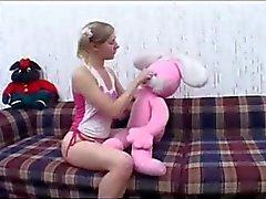 Eiaculazioni interne per la ragazza con il codino
