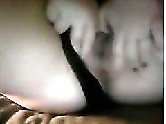 Muchacha linda del Tablero Fingering su coño