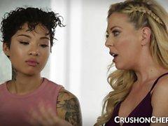 CrushGirls - Cherie Deville insegna il sesso alla sua figliastra