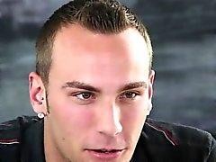 Честолюбивый пронзили красавчик берет лица на gaycastings