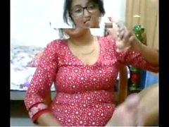 Bangladeshi Sensation julia auf cam nackt zeigen