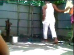 Bangladais garçon n fille Fucking Outdoor Bath