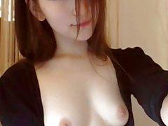 Asian hottie sizin için squirts