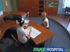 FakeHospital Lady tıbbi faturalarında tasarruf horoz berbat
