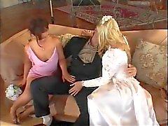 Bride getting ein Mädchen und Typ zu ficken