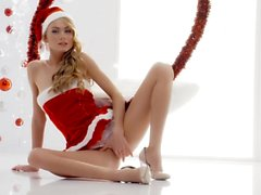 The White Boxxx - Intense Christmas sex with Ukrainian blondie Nancy A