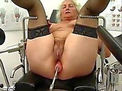 Alte Norma funktioniert auf einer Sex Machine