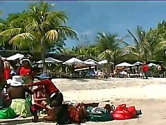 Filipino partage sa fille de de Pinay de 2 de touristes par PACKMANS