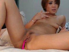 Busty Aasian tyttö lelut pillu on webbikamera