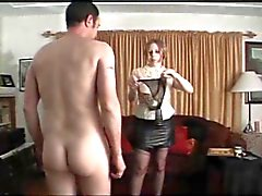 Panty menino ridicularizado e punido