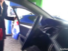 Carol Goldnerova car wash striptease