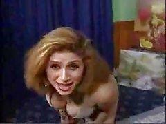 Onu yatak Pakistanlı güzel bigboobs teyze çıplak dans