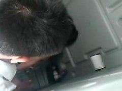 salope japonaise Petite avec des seins minuscules se bloque sur une intense