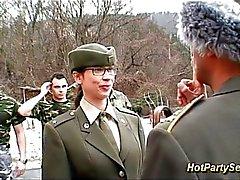 Do pintainho começa soldado cum