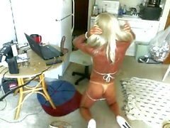 Bikini Bimbo Granny Трансвистит