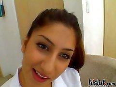Melody is een Arabische hoer