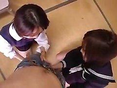 Due ragazze orientali seducenti prendere in giro e piacevole un sh difficile