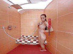 RealityLovers - Dusche Verführung mit Anna