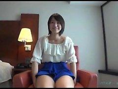 Loud asian chick Fingersatz auf versteckte cam