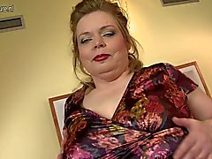 Большого матушка с большими сиськами и отвисших голодная пизда