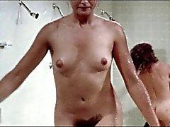 De ducha escena de . Penitenciarias Chicas , vintage