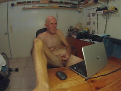 brucenaked debuts by masturbating live on xHamsterLIVE