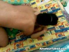 Colpevole ragazza indonesiana